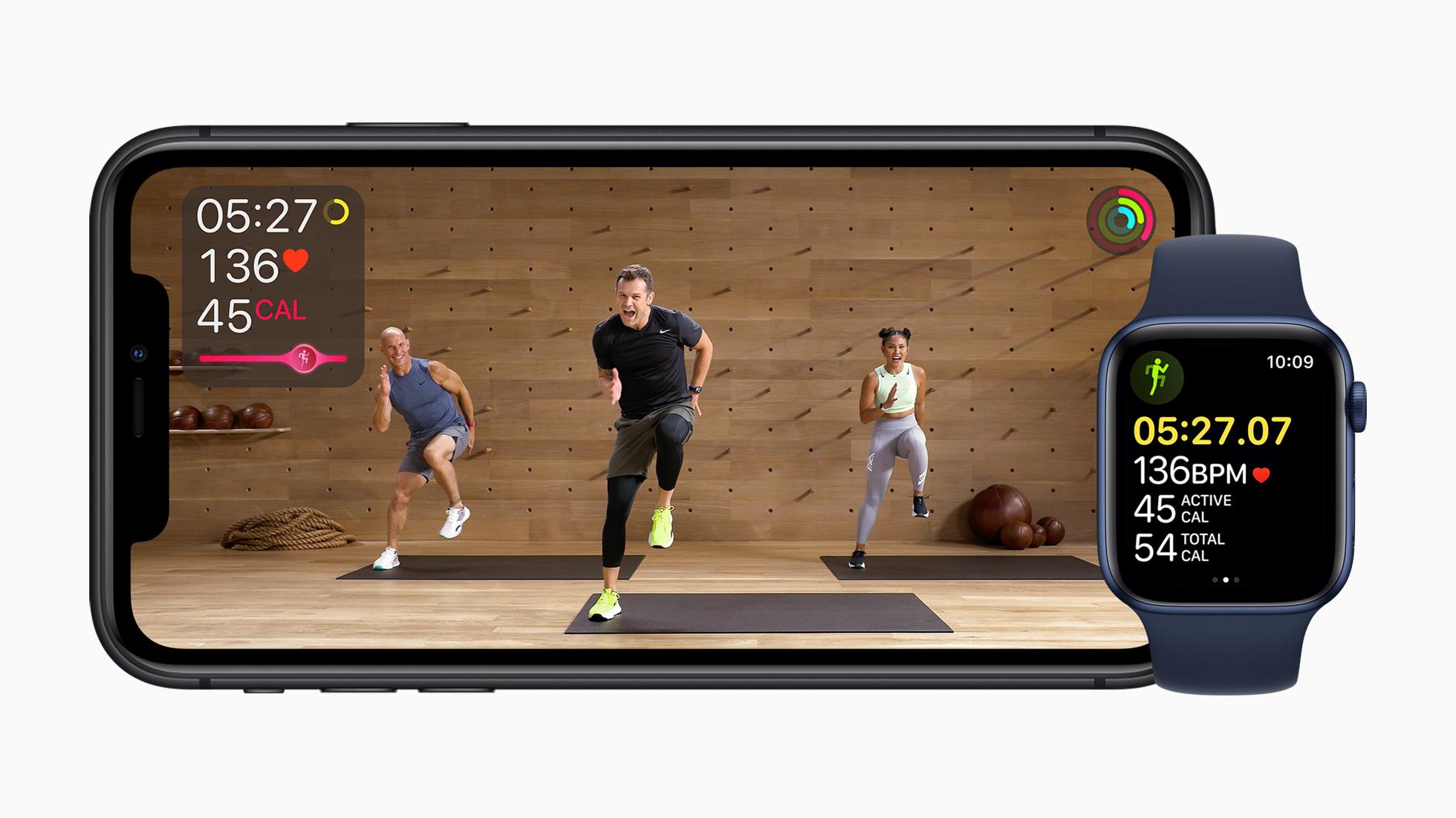 Apple_fitness-plus-iphone11-apple-watch-series-6_09152020_big.jpg.large_2x.jpg (386.0 kB)